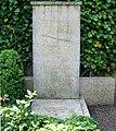 Grabmal Edmund Husserl Freiburg Günterstal.jpg