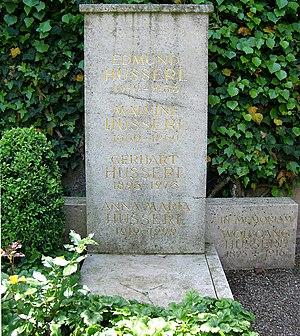 Edmund Husserl - Husserl's gravestone at Freiburg Günterstal