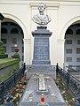 Grave of Friedrich Karl Nesselrode, Marie Moukhanoft - 01.jpg
