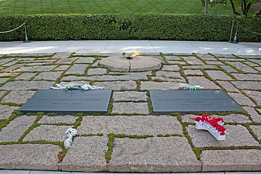 Graves of John F. and Jackie Kennedy in Arlington National Cemetery.jpg