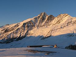Grossglockner at sunrise.jpg