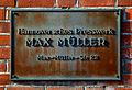 Hannoversches Presswerk Max Müller Max-Müller-Straße 22 Firmenschild an der Mauer Brink Hafen Hannover.jpg