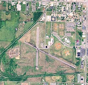 Hatbox Field - USGS aerial image, 2006