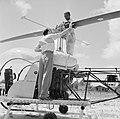 Helikopter, waarschijnlijk bij de airstrip Zorg en Hoop bij Paramaribo, Bestanddeelnr 252-2258.jpg