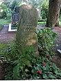Henning 'Henner' Berzau -grave1.jpg