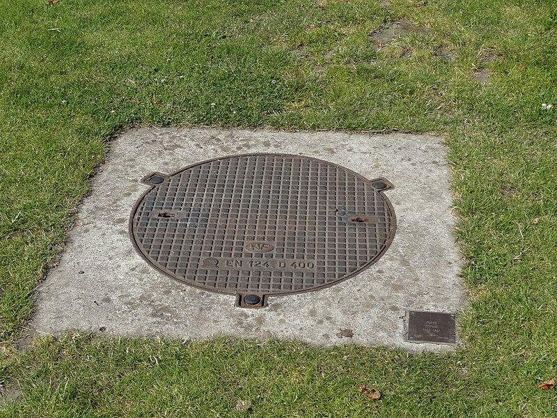 La fosse Sophie de la Compagnie des mines d'Anzin était un charbonnage du bassin minier du Nord-Pas-de-Calais constitué d'un seul puits situé à Hergnies, Nord, Nord-Pas-de-Calais, France. La fosse Sophie est inscrite sur la liste du patrimoine mondial par l'Unesco le 30 juin 2012 et y constitue en partie le site no 5.