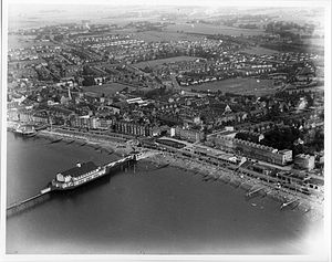 Herne Bay Pier - 1937 aerial view of pier showing 1910 Grand Pier Pavilion