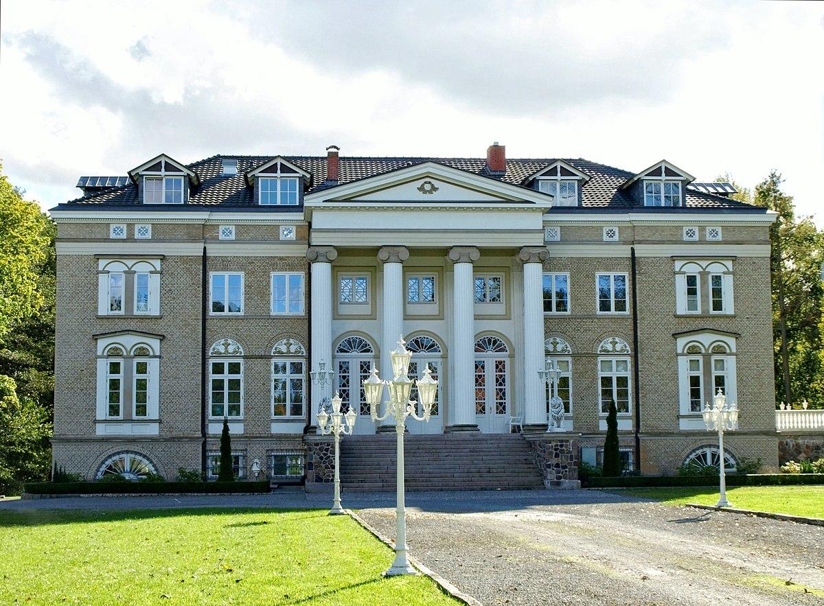 Herrenhaus T 252 Schow Wikipedia