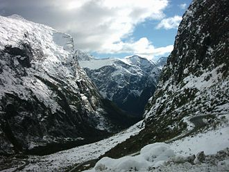 Fiordland - Snow regularly falls to low altitudes in winter