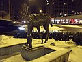 Horse Statue at Waterfountain in roundabout front of Welcome Inn hotel. - panoramio.jpg