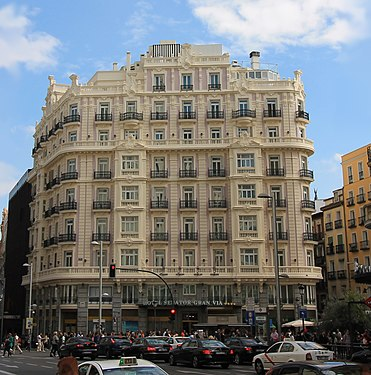 Hotel Senator Gran Vía 21 (Madrid) 04.jpg