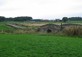 Humpbacked Bridge, Dechmont. - geograph.org.uk - 56086.jpg