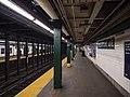 IND Crosstown Greenpoint Avenue Northbound Platform.jpg