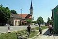 ISredište Bošnjaka s katoličkom crkvom .jpg