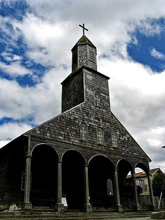 Quinchao - Image: Iglesia de Achao fachada