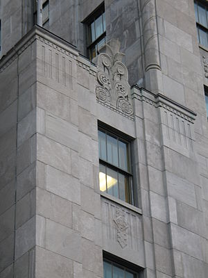 Édifice Price - Details from the facade.