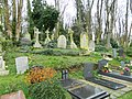 Images from Highgate East Cemetery London 2016 03.JPG
