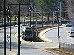 Inbound train at Chestnut Hill Avenue from Chiswick Road, February 2017.JPG