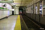 Inbound train at Prudential station, July 2015.jpg