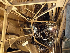 Inside the Statue of Liberty (11654787156).jpg