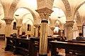 Interno della cripta della Basilica di San Nicola (7).jpg
