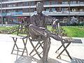 Irún (Guipúzcoa)-Jardines de Luis Mariano-Estatua de Luis Mariano.jpg
