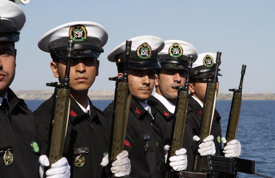 Iranian Velayat-90 Naval Exercise by IRIN (8)