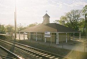 Islip (LIRR station) - Image: Islip LIRR Station 2