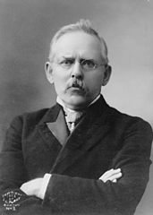 Jacob Riis portrait.jpg