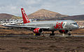 Jet2 B757-200 G-LSAC.jpg