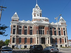 Johnson County Courthouse in Franklin, gelistet im NRHP Nr. 81000017[1]