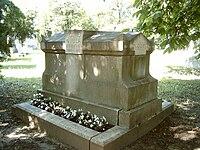 Kőnig Gyula és Kőnig Dénes sírja.jpg