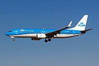 KLM B737-800 (PH-BXW) @ BCN, Jan 2015.jpg