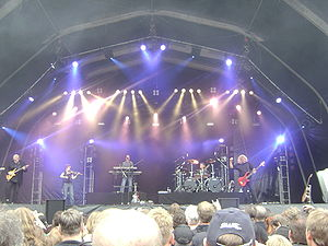 Kansas (band) - Kansas performing in 2008