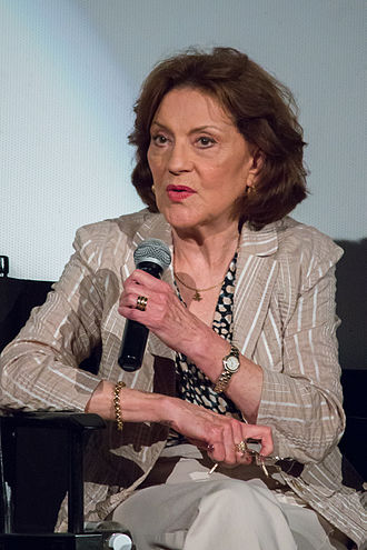 Gilmore Girls - Kelly Bishop portrayed Emily Gilmore
