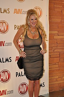 Kelly Madison at AVN Awards 2011.jpg