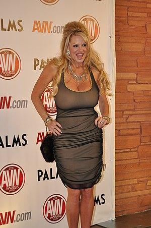 Kelly Madison at AVN Awards 2011.jpg