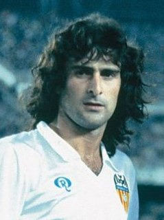 Mario Kempes Argentine footballer and manager