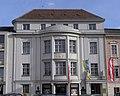 Klosterneuburg - ehemaliges Sparkassengebäude.jpg