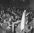 Koningin Juliana is aanwezig bij de filmpremière 'De grootste uren' in de Euro C, Bestanddeelnr 917-1677.jpg
