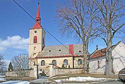 Kostel Svatého Petra a Pavla ve Slatině u Vysokého Mýta.jpg