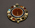 Kunsthistorisches Museum 09 04 2013 Amulet Torah breast plate.jpg