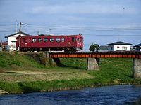 三迫川。栗駒 - 栗原田町間(栗原市、2005年10月17日撮影)