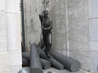 """Édifice Price - The """"L'Homme-Rivière"""" (""""The River-man"""") monument."""
