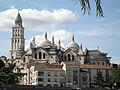 La cathédrale Saint-Front depuis les quais - panoramio.jpg