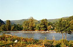 Вид реки лаба