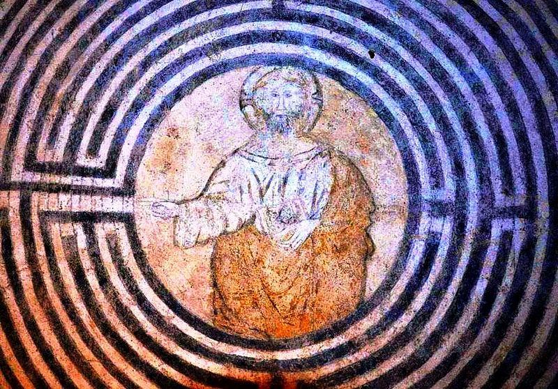 File:Labirinto Cristo - San Francesco in Alatri.jpg