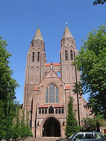 Laren kerk 17juni2006.jpg