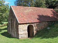 Lavoir de Blacy, exterieur, Yonne.JPG