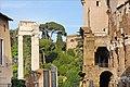 Le théâtre de Marcellus et le temple dApollon Sosien (Rome) (5979998115).jpg